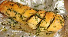 Bagheta cu unt usturoi si patrunjel Lidl, Spanakopita, Superfood, Unt, Orice, Ethnic Recipes