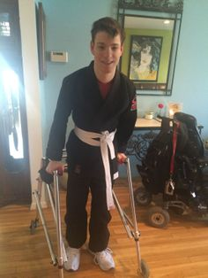 I'm physically disabled w Cerebral Palsy and Train Brazilian Jiu Jitsu!