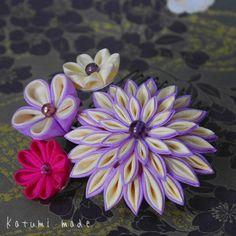 です(。-∀-) #つまみ細工  #kanzashi Kanzashi Flowers, Ribbon Art, Homemade Jewelry, Nihon, Fashion Fabric, Fabric Flowers, Quilling, Hair Pins, Paper Art