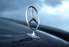Mercedes Benz @Mercedes- Benz