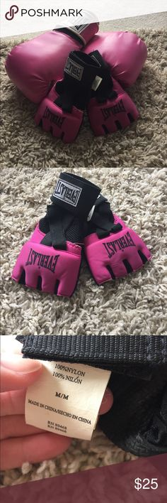 Everlast Pink Boxing Gloves AND Mitts Barely worn and in perfect condition cute pink gloves and mitts. Moved and had to give up my heavy bag sadly. These gloves will fit the average woman's hands very comfortably and easily! Everlast Accessories Gloves & Mittens