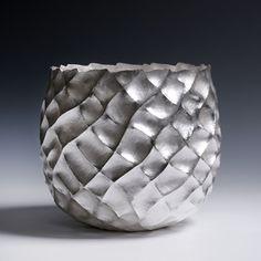 Hiroshi Suzuki: Seni Vase