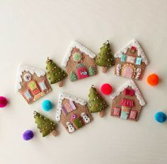 gingerbread houses by Gingermelon Felt Christmas Ornaments, Christmas Gingerbread, Noel Christmas, Homemade Christmas, All Things Christmas, Gingerbread Houses, Christmas Houses, Christmas Projects, Felt Crafts
