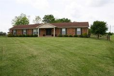 House for Sale in Georgetown, Kentucky!