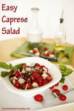 Easy Caprese Salad--oh my goodness, my favorite! #caprese #salad www.KristenDuke.com