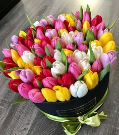 Bouquet of tulips in different colors- Strauß Tulpen in verschiedenen Farben Bouquet of tulips in different colors dye # various - Beautiful Bouquet Of Flowers, Beautiful Flower Arrangements, Tulips Flowers, Flower Bouquet Wedding, Summer Flowers, Beautiful Roses, Colorful Flowers, Planting Flowers, Floral Arrangements