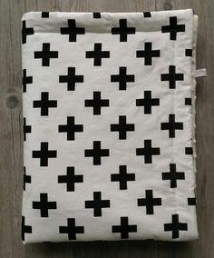 Couverture bébé- modèle croix - plaid bébé - couverture fait main : Puériculture par small-sleeper