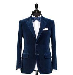 Tailored Dinner Suit – Fabric 7839 Navy Blue Velvet Peak Lapel Cloth weight: 330g Composition: 100% Cotton