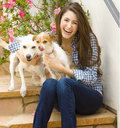 Heroines for the Planet: Chloe Coscarelli: http://eco-chick.com/2011/04/7816/heroines-for-the-planet-cupcake-queen-chloe-coscarelli/