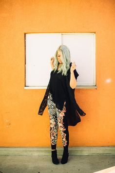 Floral joggers and black for a chic black outfit for spring! Outfit from www.theredclosetdiary.com || Instagram: jalynnschroeder