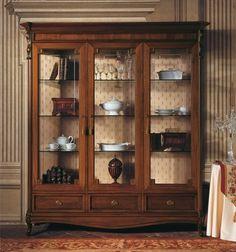 Real Wood Furniture, Shabby Chic Furniture, Antique Furniture, Furniture Design, Crockery Cabinet, Old Victorian Homes, Diy Crafts For Home Decor, Shelf Design, Model Homes