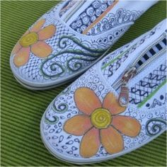 WITH SHARPIE!!  Painted Shoes: A Fun Summer Craft | Looksi Square, via My Flower Journal