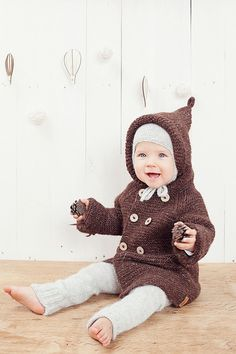 Brown hooded baby coat / Hand knitted brown wool sweater / Baby / Kids / Children Cardigan / Duffle Coat / toddler sweater