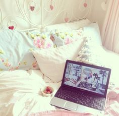 Just a relaxing day in bed watching Netflix under the pretty covers ♡