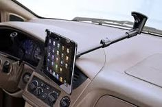 Top Three Reasons Why You Need an iPad Car Mount When on a Road Trip