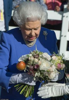 Queen Elizabeth II at the Chelsea Flower Show. May 22 2017.