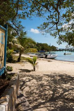 Harbour Island, best beaches in the Bahamas!