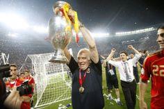 """XABI ALONSO: """"Hubo muchas dudas entorno a la Selección y él estuvo más firme que nunca. Confió en todos nosotros y llegó la Eurocopa 2008."""""""