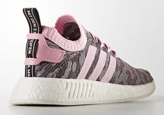 It looks like adidas Originals is set to drop yet another new look for Primeknit, this time with an all-new pattern on the NMD R2 for women. The unique new Primeknit upper features hexagonal shapes in contrasting tones, presented on … Continue reading →