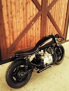 https://www.facebook.com/pages/Blackraw-cafe-racer/795750070518089