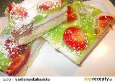 Jogurtový moučník s ovocem recept - TopRecepty.cz