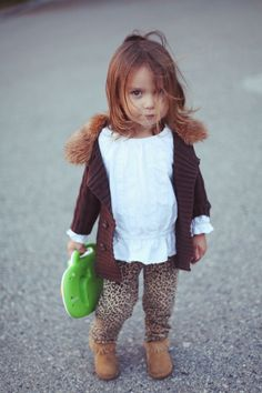 baby leopard & baby moccasins. I want this entire outfit.