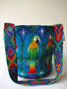 Ixchel: Mochila de Guacamayas It looks like chrochet, but i am not sure Crotchet Bags, Bag Crochet, Crochet Purses, Knitted Bags, Crochet Motif, Crochet Patterns, Tapestry Bag, Tapestry Crochet, Wiggly Crochet