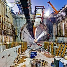Seattle Tunnel Boring Machine -- Bertha Rescue - Popular Mechanics