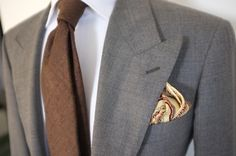 patrickjohnsontailors:    Dougdale Worsted. Tie and Pocket Square: Drakes for P Johnson