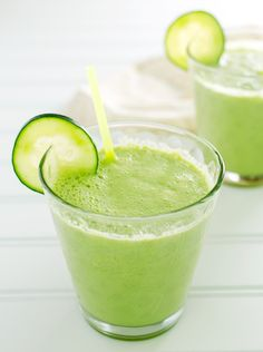 10 Low Calorie Green Smoothies Under 100 Calories - Karen - 10 Low Calorie Green. 10 Low Calorie Green Smoothies Under 100 Calories – Karen – 10 Low Calorie Green Smoothies Unde Best Green Smoothie, Healthy Green Smoothies, Healthy Drinks, Healthy Recipes, Healthy Detox, Fruit Smoothies, Healthy Eating, Cucumber Smoothie, Juice Smoothie
