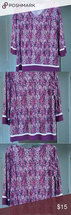 """Dress Barn Knit 3/4 Sleeve Top Lovely fuschia, red, pink, burgundy and cream muted fleur-de-lis design with bold stripes at the hem and forearms.. 30"""" from nape to hem. Made in USA of imported fabrics. 2X 95% polyester, 5% spandex. Machine wash cold,tumble dry low. Dress Barn Tops Tunics"""