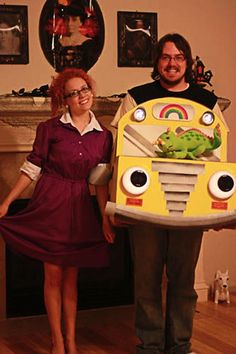 neat and nerdy diy halloween costumes magic school bus ms frizzle