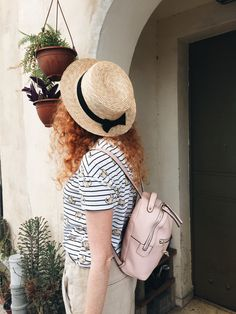 Tlv mood. Hat- H&M T-Shirt - Pull& Bear Backpack-Fiorelli (Asos)