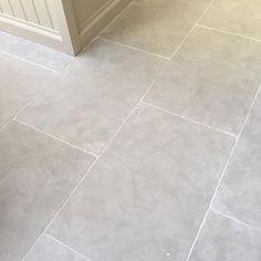 Paris grey limestone looks stunning in kitchens and hallways #greylimestone #limestonefloors #greytiles