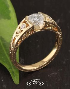 Design Your Own Wedding Ring From Scratch Online
