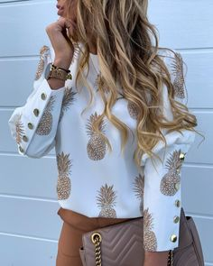 Shop Pineapple Print Metal Buttoned Detail Casual Blouse right now, get great deals at joyshoetique Trend Fashion, Look Fashion, Fashion Outfits, Womens Fashion, Fashion Blouses, Daily Fashion, Fashion Beauty, Autumn Fashion, Pineapple Print