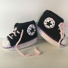 794b884b84e04 Strick-   Häkelschuhe - Babyschuhe gehäkelt Turnschuhe Sneaker 10 cm - ein  Designerstück von Tolles