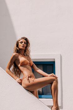 Rose gold ring details and Brazilian cut bottoms. Shot in Santorini. Santorini, Bikinis, Swimwear, Gold Rings, Rose Gold, Beach, Life, Fashion, Moda