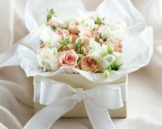 White Rose Flower bouquet in a box