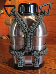 Canteen kits with paracord from CanteenShop.com