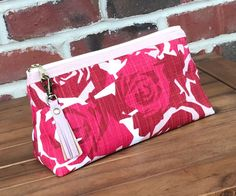 Large makeup bag in a beautiful rose print fabric.  Olivia Pouch by Sotak. Floral Print Fabric, Floral Prints, Print Fabrics, Handmade Clutch, Handmade Bags, Large Makeup Bag, Makeup Bags, Cute Bags, Beautiful Roses