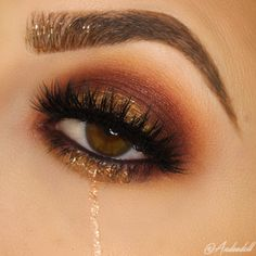 """Check out """"fall tears"""" to see how I created the eye look! ^summary- create a halo eye with Peach Smoothie, Chickadee, Bitten, and Showtime, add Gold Digger"""