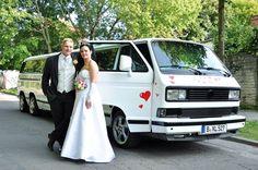 Diese riesige VW T3 Bulli Super-Stretchlimousine gibts bei www.trabi-xxl.de zu mieten. Blog Sites, One Image, Latest Pics, In This Moment, Transportation, Wedding Bride, Vehicles