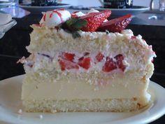 BOLO ALPINO BRANCO DE MORANGO   Tortas e bolos > Bolo Branco   Receitas Gshow