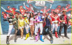 Megaforce Rangers at Comic Con and International Licensing Expo (and Samurai Rangers! Power Rangers Cast, Power Rangers Samurai, Power Rangers Megaforce, Cute Cartoon Wallpapers, Power Ranges, It Cast, Kamen Rider, Comics, Brittany