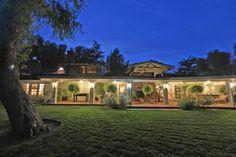 Miley Cyrus' new home | Velvet Rider #porchinspiration #patioinspiration #backyard #backyardlandscape #countryhome