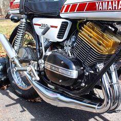 Yamaha RD 350 w/ DG Heads !