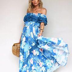 Back in Stock ~ Positano maxi in Ana Santorina 🌸 Absolute fave 🙌🏻 #ginghamandheels #womensfashion #dresses #bohochic ➰