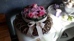 Quelques fleurs, un peu d'idées....le tour est joué.