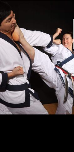 Female Martial Artists, Martial Arts Women, Mixed Martial Arts, Aikido Techniques, Karate Kick, Female Fighter, Taekwondo, Jiu Jitsu, Black Belt